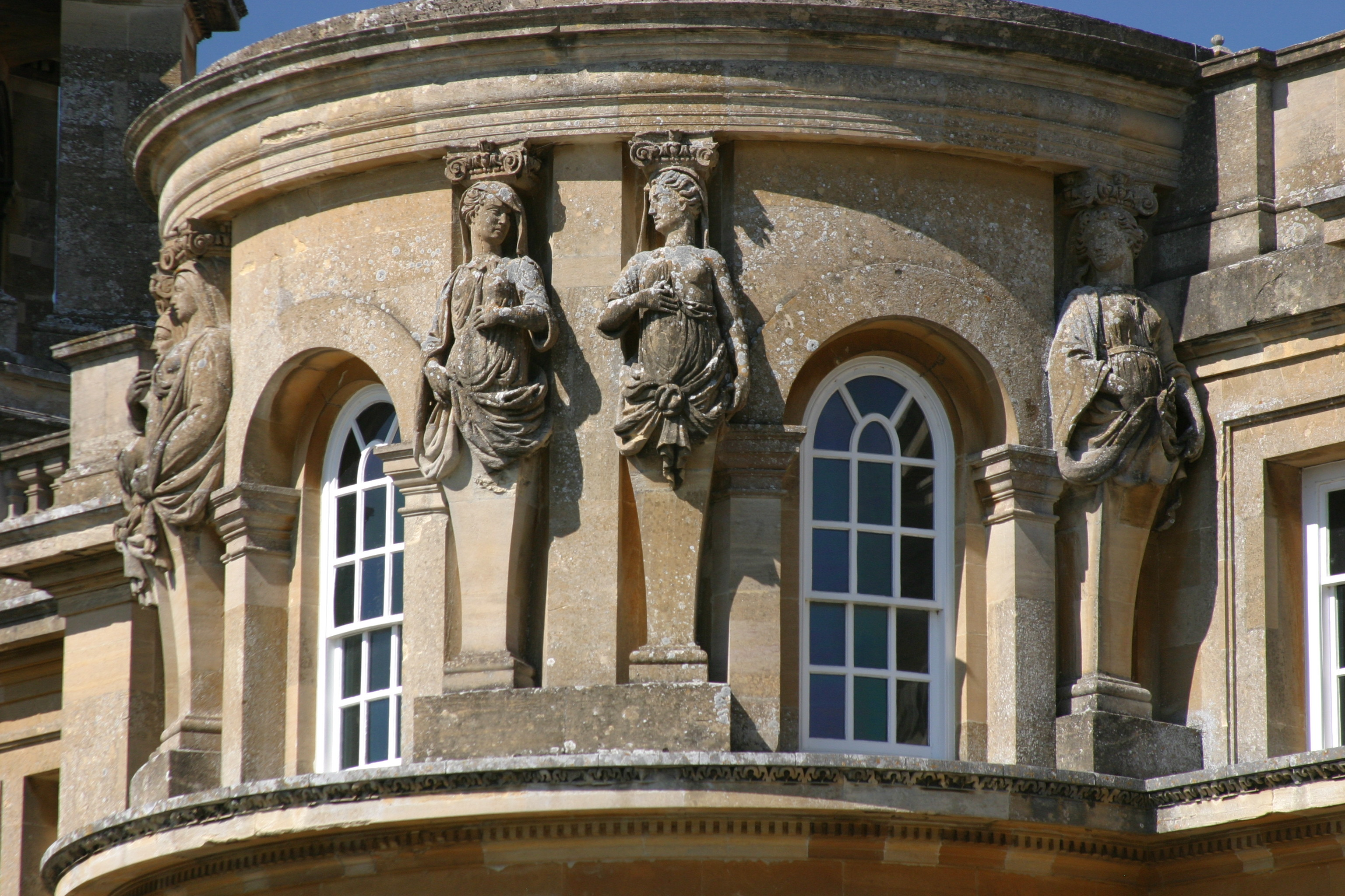 architectural history of blenheim palace Win a family day out at blenheim palace  with more than 300 years of history,  blenheim palace is a true masterpiece of 18th century baroque architecture.