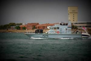 P275 - HMS Raider