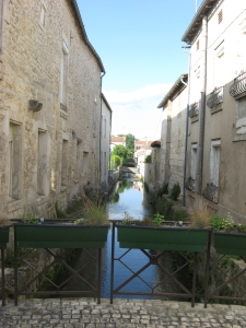 Stream, Chateauneuf-sur-Charente