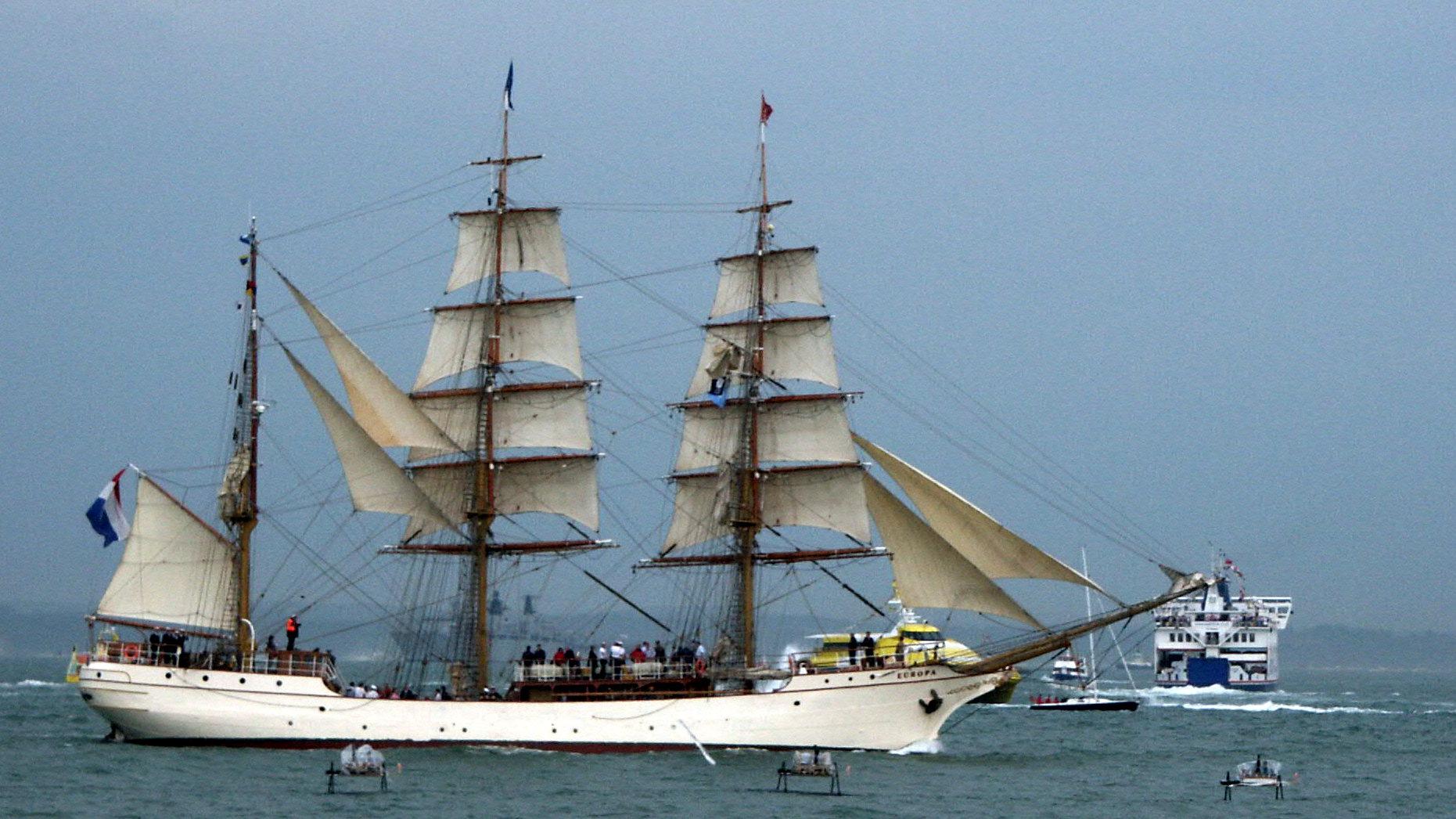 Barque Europa