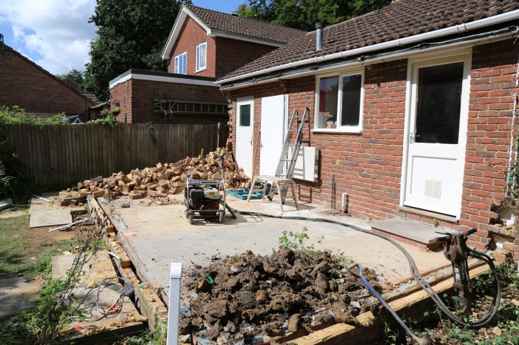 Conservatory - The final wall is down.