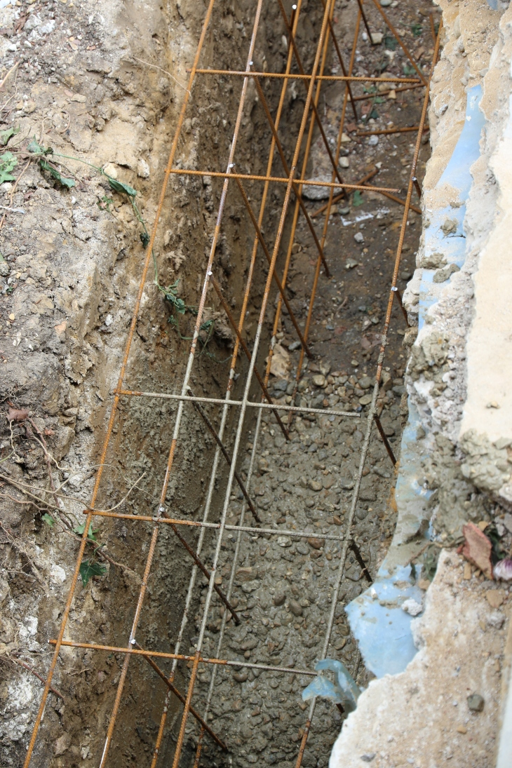 Conservatory - Steel re-inforcement for the footings