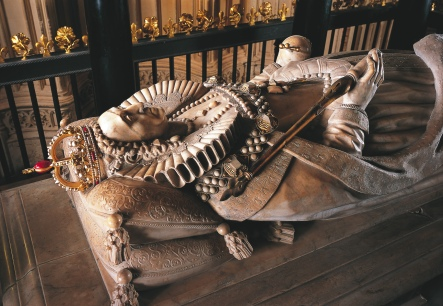 Tomb of Elizabeth 1 - Westminster Abbey