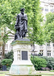 Statur - William Tyndale