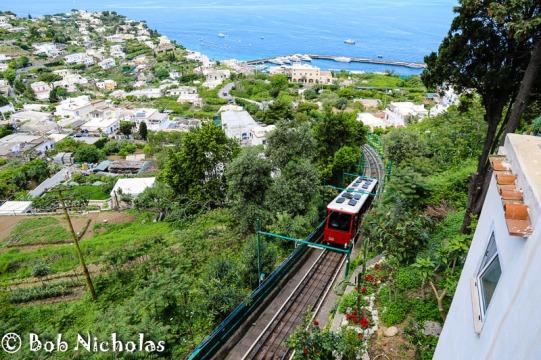 Capri - Funicolare, on its way back to Marina Grande