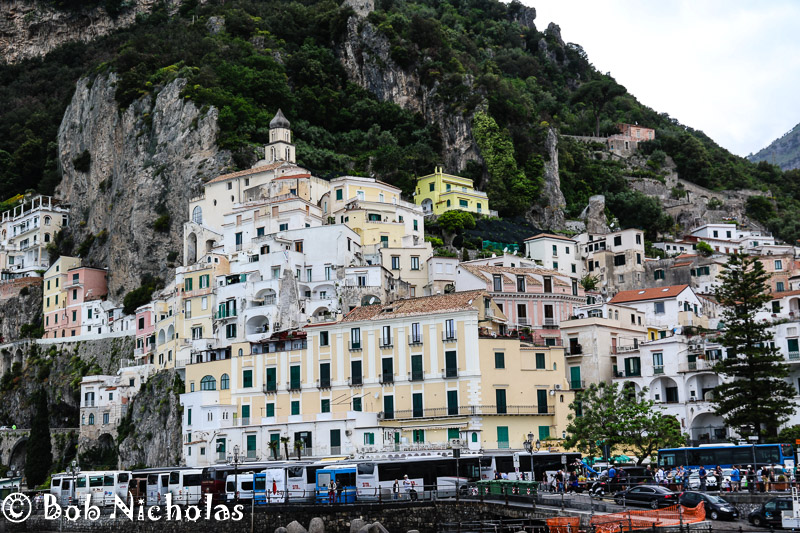 I Want The Yellow Villa - Amalfi